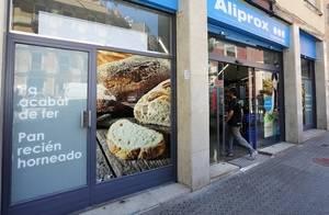Caprabo refuerza su apuesta por los nuevos formatos con un nuevo supermercado Aliprox en El Prat