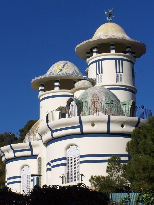 La Torre de la Creu de Sant Joan Despí, una de las obras emblemáticas de Jujol.