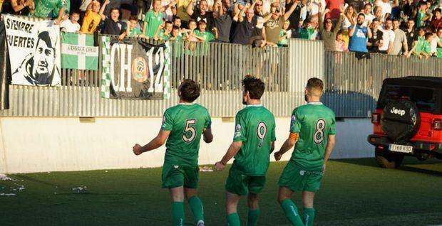 Imagen del partido entre el Cornellà y la Ponferradina.