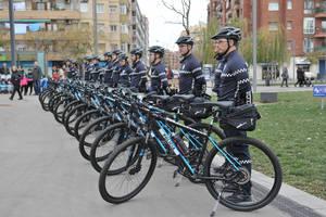 La Policia Local de El Prat presenta la seva primera unitat ciclista permanent