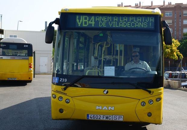 El autobús VB4 vuelve a conectar gratuitamente Viladecans con sus playas los fines de semana