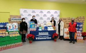El CC Vilamarina dona tres toneladas de alimentos y productos de primera necesidad a Cruz Roja Viladecans