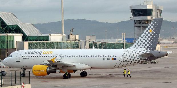 Iberia, Vueling y Aena regalan 100.000 billetes de avión a los héroes del sector sanitario