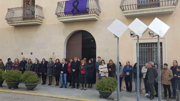 Otras poblaciones del Baix Llobregat, como Sant Esteve Sesrovires en la imagen, también han condenado la última mujer asesinada en la comarca a manos de su pareja