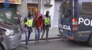 La Policía Nacional detiene a un vecino de L'Hospitalet per difundir propaganda yihadista