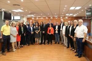 L'alcalde de Sant Andreu de la Barca no té retribució fixa ni al consistori ni a la Diputació