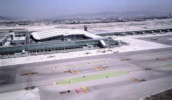El Aeropuerto del Prat: un hub internacional pero no a cualquier precio