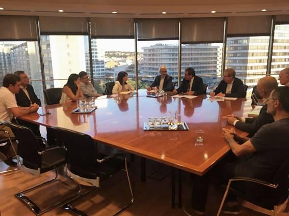 Generalitat y ayuntamientos del Delta se reúnen para abordar el futuro de la gestión del Aeropuerto de El Prat