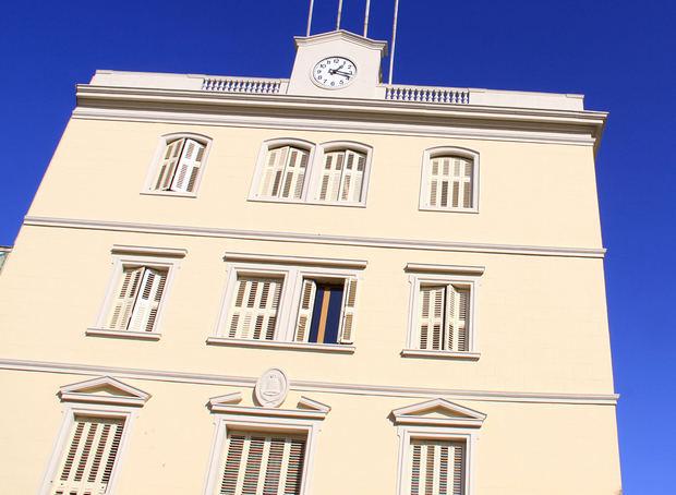 Moret renuncia al sou d'alcaldessa de Sant Boi per cobrar només el de la Diputació