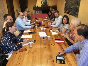 """Los alcaldes socialistas de la comarca piden que la Generalitat """"se siente a negociar"""" para evitar la huelga sanitaria"""