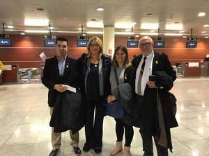 Los ediles de Sant Climent, Begues, Torrelles y Santa Coloma de Cervelló viajan a Bruselas para reclamar la mediación de Europa en el conflicto catalán