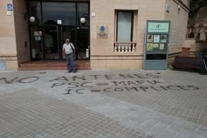 Se intensifica la protesta contra la instalación de una antena de telefonía en Sant Boi