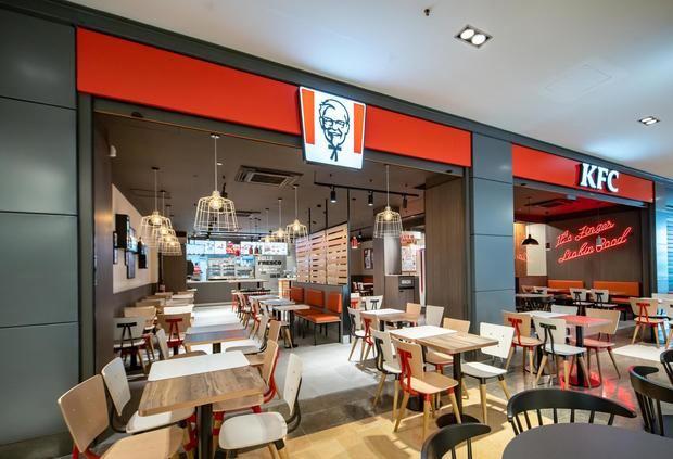KFC abre su primer restaurante de Viladecans en el centro comercial Vilamarina