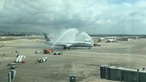 Aterriza el primer Boeing 787-10 Dreamliner en el Aeropuerto de El Prat
