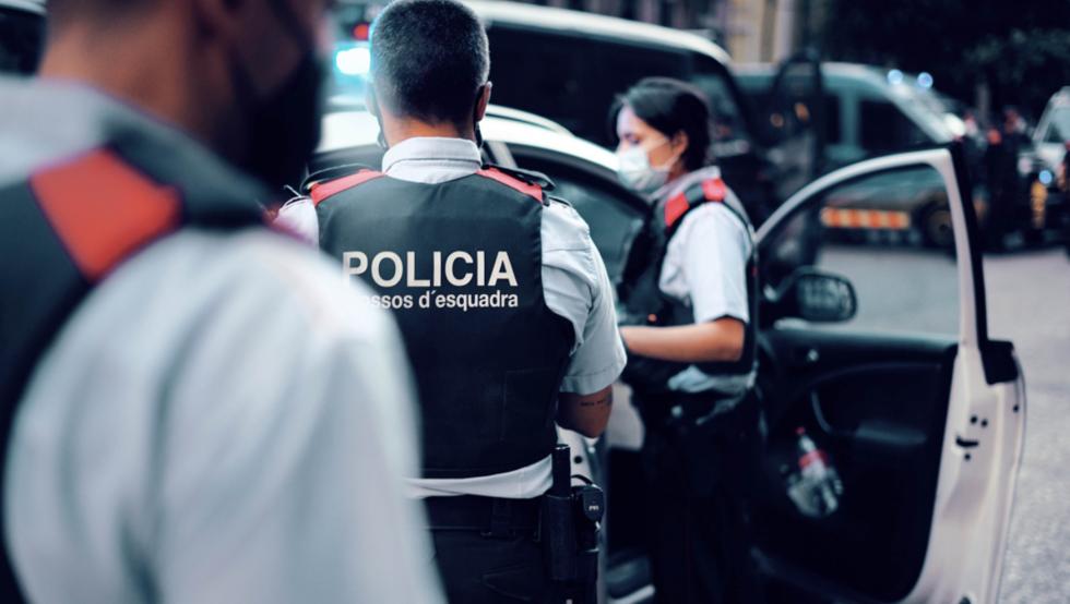 Detenida en Viladecans una mujer por matar a su pareja de una puñalada en el pecho