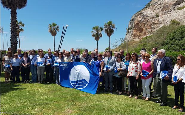 Cuatro banderas azules ondearán en el Baix Llobregat