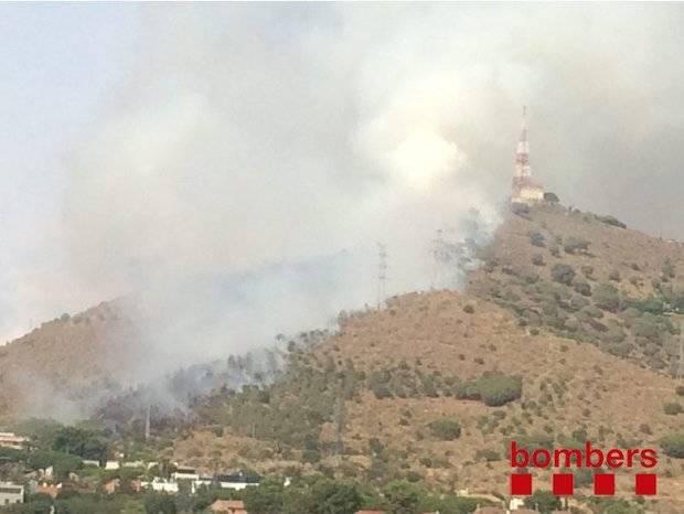L'incendi d'Esplugues deixa més de deu hectàrees cremades a Collserola