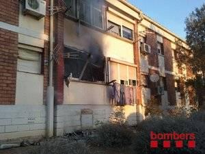 Quatre ferits lleus en un incendi d'un habitatge de Sant Boi
