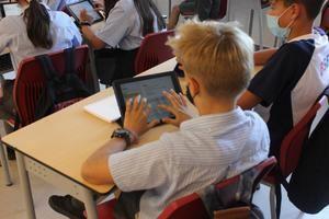 The British School dota a sus alumnos de dispositivos digitales en previsión de un nuevo confinamiento por el covid-19