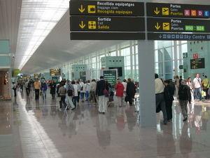 El covid-19 se ceba con del aeropuerto de El Prat y lo lastra con los peores resultados de España