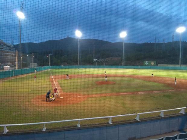 La Selección Española de béisbol traslada un partido amistoso a Sant Boi por el estado del campo de Viladecans