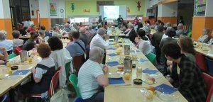 Evento solidario de 'Pa amb oli solidari' organizado por Cáritas.