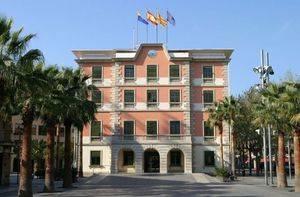 Castelldefels suspende el pleno municipal de septiembre tras las actuaciones policiales contra el referéndum