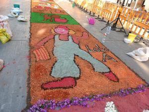 La alfombras de flores son típicas de la fiesta de Corpus