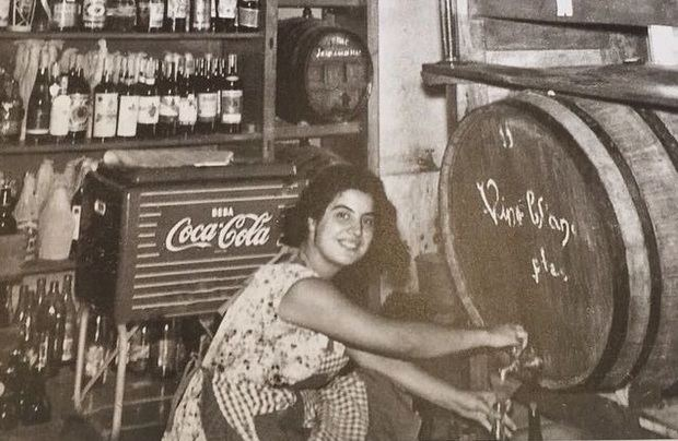 Cellers La Vinya celebra su 92 cumpleaños lanzando una ratafía y una cerveza artesana de su marca propia