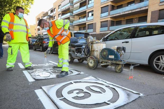 Viladecans estrena más ciclocalles completando una red de 32 kilómetros