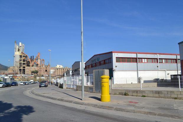 Sant Vicenç sortirà aquest dissabte al carrer contra la crema de pneumàtics a Ciments Molins