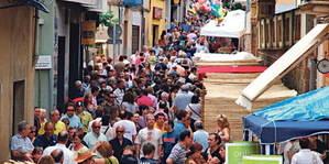 Torrelles de Llobregat es prepara per tastar la seva cirera