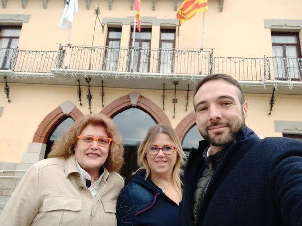 Los tres regidores de Ciudadanos que entran en el gobierno de Sant Vicenç. De izquierda a derecha: Carmen Soffiati, Lidia Vargas y Antolín Jiménez
