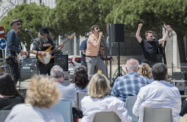 La Fundación Tony Manero reconocer el trabajo del personal sanitario con un concierto en Bellvitge