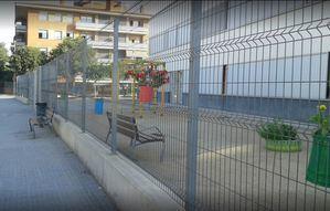 Desconcierto por el cierre del colegio Joan Juncadella de Sant Vicenç dels Horts por covid-19