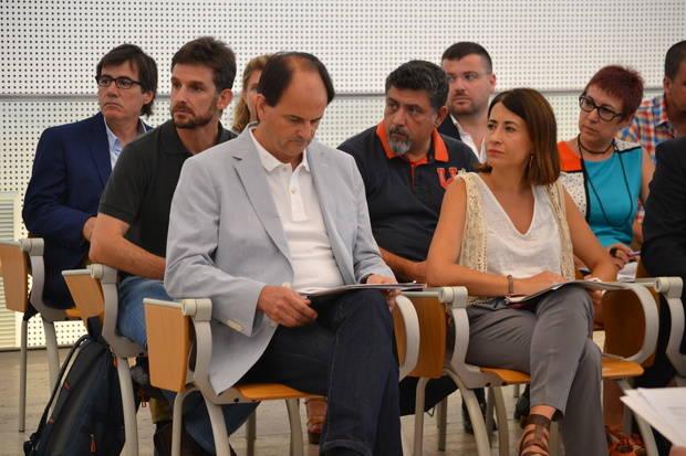 El socialista Josep Perpinyà, alcalde de Sant Just Desvern, és el president del Consell Comarcal del Baix Llobregat. A la imatge, el dia de la seva investidura.