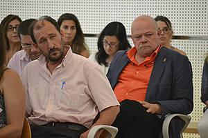 A la derecha, Xavier Alegre durante la constitución del Consell Comarcal del Baix Llobregat, ente en el que lidera el grupo comarcal de Ciutadans