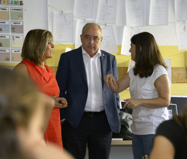 Bargalló reconoce un 'déficit histórico' de inversiones educativas en L'Hospitalet