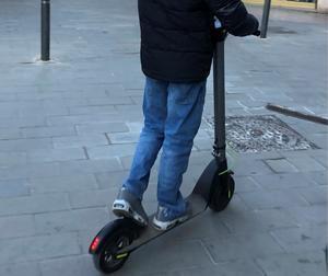 Sant Andreu de la Barca intensifica los controles a los patinetes eléctricos