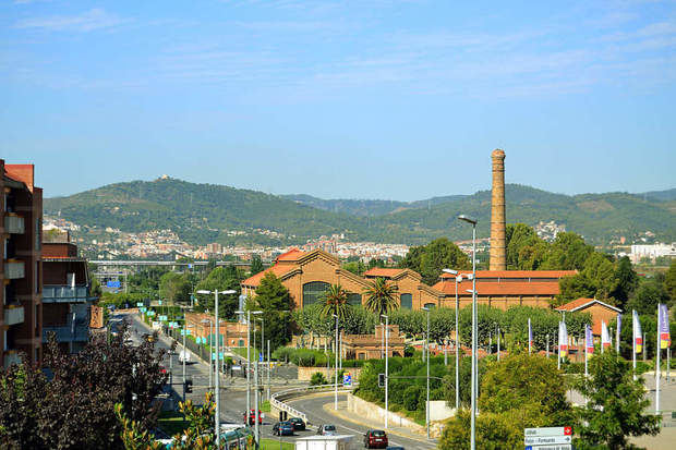 El Ayuntamiento de Cornellà crea un plan de apoyo psicológico y bucodental