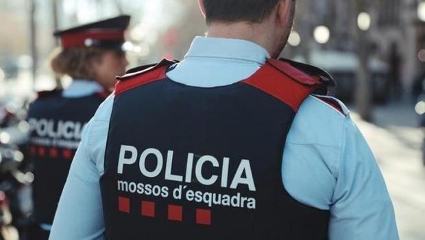 Los Mossos d'Esquadra detienen a un conductor que circulaba a 210 km/h en el Prat