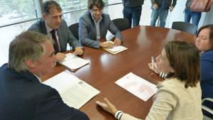 Gavà aconsegueix el compromís de la Generalitat per aixecar pantalles acústiques al pont de la C-234