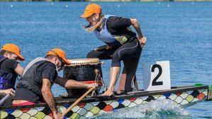 El Canal Olímpico de Castelldefels acoge el Dragon Boat solidario contra el cáncer