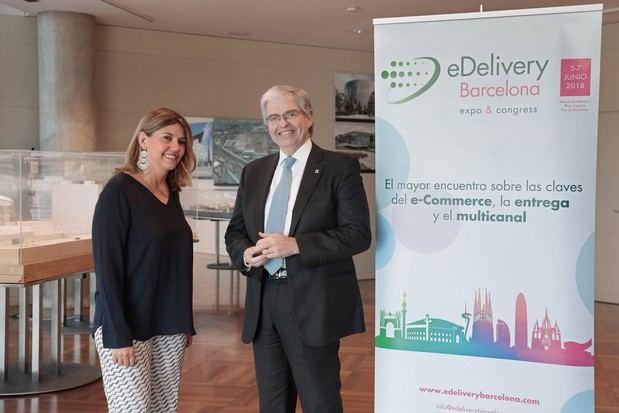 Blanca Sorigué, directora general del CZFB y del salón eDelivery junto a Jordi Cornet, delegado especial del Gobierno en el CZFB