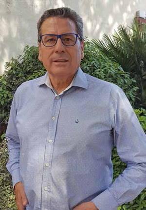 Miguel Garc�a, del rojo al naranja