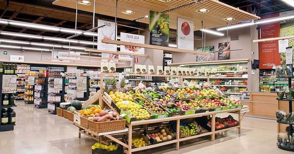 La cadena de supermercats ecològics Veritas obre a Sant Boi el seu primer establiment