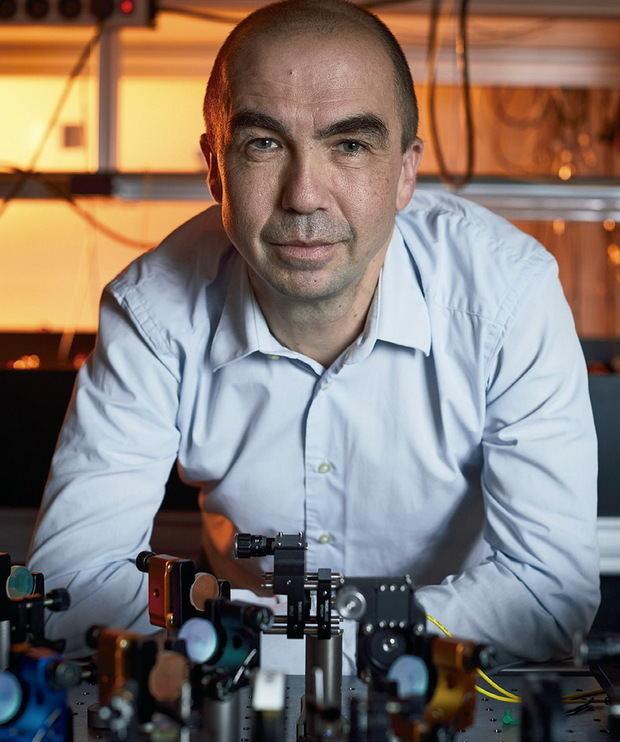 El profesor ICREA Hugues de Riedmatten, que lidera la investigación.