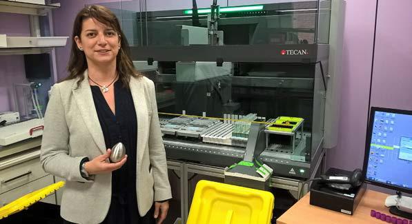 La empresa santboiana 'Family Synergy' presenta un innovador servicio que permite conservar en casa el ADN de un familiar