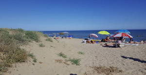 ¡Aquí sí hay playa...! ...pero, ¿hasta cuándo?