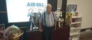 Francisco García conquista el mundo desde Gavà con las fragancias de Disney